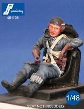 1/48 PJ PRODUCTION GERMAN PILOT SEATED IN A/C (WWII)