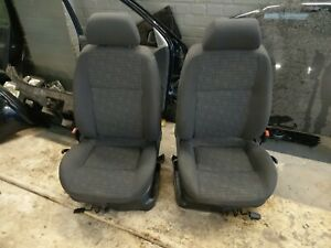 VW Polo III Edition / Typ 6n2 komplette Innenausstattung / Sitze / Stoff schwarz