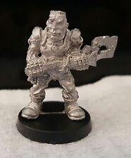 Warhammer40k Adeptus Mechanicus servitor rare long oop metal unpainted 1988 No°2