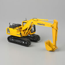 KOMATSU 1:50 Scale PC200 Type Yellow Excavator Diecast Shop Truck Model