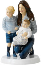 ROYAL DOULTON FIGURINE YOUNG ROYALS - KATE AND CHILDREN (HN5883) Ltd/Ed
