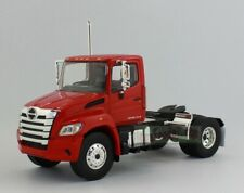 1/43 First Gear Hino Xl8 Day Cab Tandem Axle Chassis Hino Trucks Diecast Red
