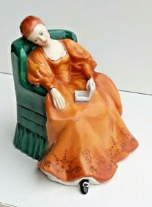 Vintage Retired Royal Doulton Figurine - 'Romance' HN 2430 Gorgeous Old Item