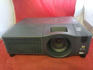 ViewSonic PJ1158 3LCD Projector 4000 ANSI HD 1080i HDMI No chords No remote