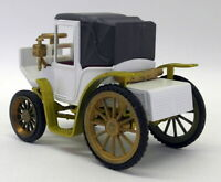 Gama 1/46 Scale Vintage Model Car - s1182 Benz Victoria 1893 White
