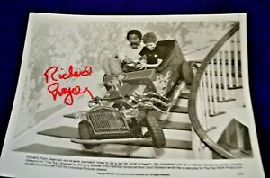 "Richard Pryor Autograph on 8x10 B&W Photo in ""The Toy"" Copyright 1982"