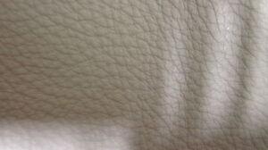 1 Lederhaut, Rindnappaleder, semianilin hellgrau 5,44 qm,
