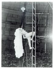 1987 Vintage Photo Flying Pages Trapeze Acrobats of American Continental Circus