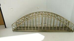 PONT METALLIQUE Maquette montée  HO de  marque MARKLIN  L 37 cm