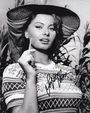 Sophia Loren In-person AUTHENTIC Autographed Photo COA SHA #83172
