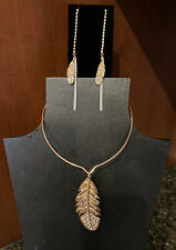 BETSEY JOHNSON INDIAN SUMMER LARGE FEATHER CHOKER STYLE NECKLACE & EARRINGS