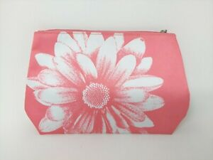 Portable Cosmetic Bag Water Proof with Zipper, Pink Color, Make Up Organizer