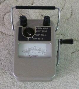 vintage Megger Major 1000v insulation resistance tester, working