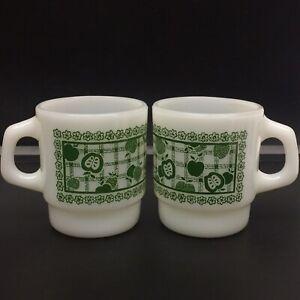 Set of 2 Vintage Fire King Anchor Hocking Green Apple Plaid Pattern Coffee Mugs