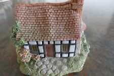 "Lilliput lane cottages/ ""Pretty Village""  5  Unboxed. In Ex. condition."