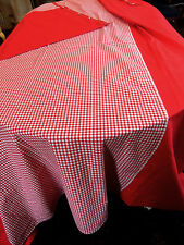 Grand rideau rouge et Vichy rouge 2m40 x 2m40