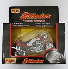 MOTO GUZZI CENTAURO 1:18 DIE CAST MOTORCYCLE RED/WHITE