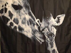 "NEW 60""x52"" Mom Kissing Baby Giraffe Black & White Tapestry Wall Decor w/ Clips"