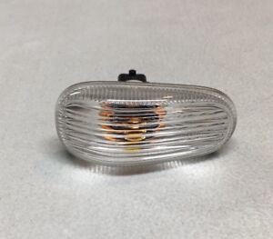 Saab 9-3 9-5 93 95 OEM Front Side Marker Light Fender Lamp Clear Lens 12777318