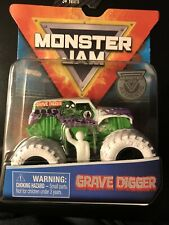 2019 Spin Master~Monster Jam Grave Digger Inverse Colors~FREE SHIPPING in the US