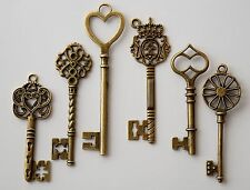 6 Large Skeleton Mixed Antique Bronze Key Charms 60-85mm Wedding Santa (TSC86)