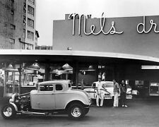 AMERICAN GRAFFITI 16X20 PHOTO CLASSIC HOT ROD CARS IN FRONT OF MEL'S DINER