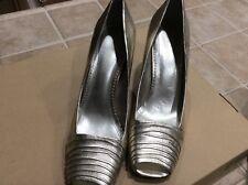 AK Anne Klein Slip On Open Toe Gold Elegant Fashion Heels Women Shoes Size 10M