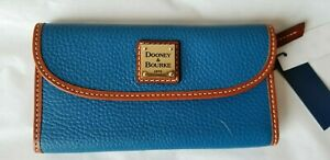 New Dooney & Bourke PEBBLE GRAIN CONTINENTAL CLUTCH blue wallet. RT$138