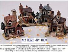 Nr.1 CASTELLO MEDIOEVALE in 4 DIVERSI MODELLI per PLASTICO FERROVIARIO SCALA-N