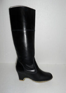 CLARKS LADIES MODEST STYLE BEAUTIFUL  WEDGE BOOTS VARIOUS SIZES