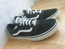 Vans Classic Black And White UK Size 5.5 Trainers