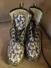 Girl Women's Doc Marten Boots Floral pretty