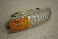 99 VOLKSWAGEN NEW BEETLE 2.0 AUTO RH TURN SIGNAL BLINKER FLASHER LIGHT LAMP