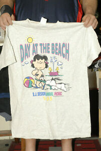 Peanuts Day at the Beach 1995 t shirt vintage 90's Official Charles Schultz xl