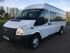AM/FM Stereo Minibus with Rear Seat Belts