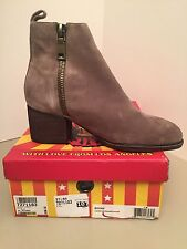 Jeffrey Campbell Boone Taupe Suede Ankle Boots Size 7M *NEW