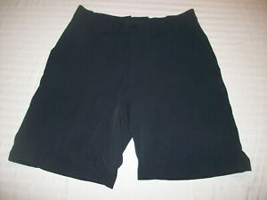 UNDER ARMOUR GOLF SHORTS MENS SIZE 32 UNDER ARMOUR CASUAL SHORTS NICE!