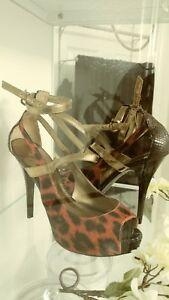 GUESS high heel red and black SIZE 8