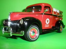 1940 FORD PICK UP TRUCK WITH GAS PUMP 1:25 TEXACO PRESTIGE SERIES NEW MIB ERTL A