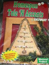 Vtg Homespun Tole N Accents by Bernat O Christmas Tree Pillow Cover Kit