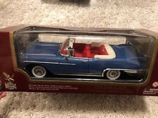 1958 CADILLAC ELDORADO BIARRITZ GOLD 1/18 DIECAST MODEL BY ROAD SIGNATURE 92158