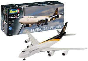 Revell 03912 - Model Building Kit Boeing 747-8F, Ups Package Service