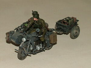UNIMAX  DIECAST 1:32 FORCES OF VALOR GERMAN SOLDIERS ZUNDAPP MOTORCYCLE WH51802
