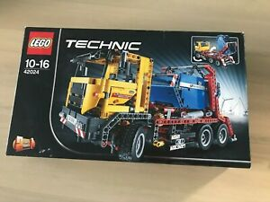 LEGO Technic 42024 Container Truck - COMPLETE, W/Box & Instructions