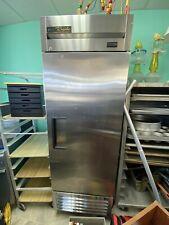 "New listing True T-23-Hc 27"" 1-Door Reach-In Refrigerator, Solid Door, 115v Pickup Only Mi"