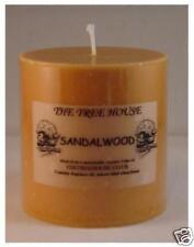 Santal parfumé bougie-pilier 7.5cm x 7.5cm