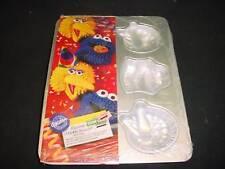 Wilton SESAME ST cupcake pan COOKIE MONSTER 6 mold baking metal tin INSTRUCTION