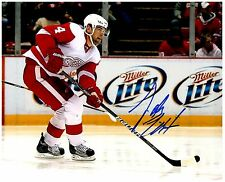 Detroit Red Wings JAKUB KINDL Signed Autographed 8x10 Pic B