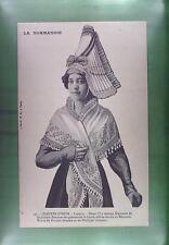CPA France Normandie Costume Folk Folklore Tracht Trachten Traditional 2032