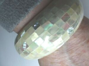 Inlaid Paua Abalone Shell Bangle Cuff Bracelet  Yellow/Vanilla